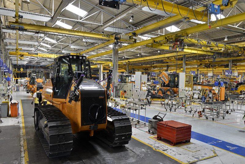 Linha de produção da CNH Industrial em Contagem (Fotos de Leandro Perez)