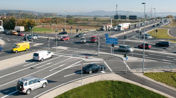 Sitraffic 1, da Siemens: envolve controle inteligente de tráfego, inclusive sinalização.