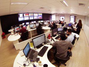 NOC com 50 profissionais: serviço oferecido para provedores regionais.