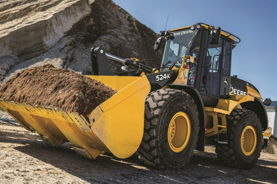 John-Deere-is-introducing-the-524K-II-544K-II-and-624K-II-utility-class-wheel-loaders